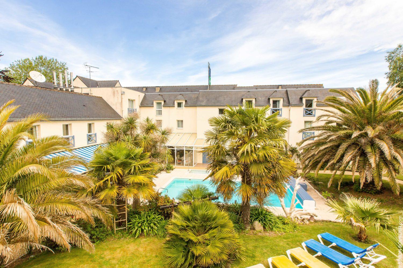 Hotel Restaurant spa Aigue Marine jardin piscine chauffée