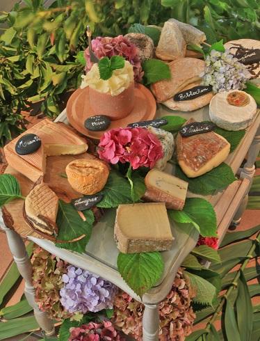Aigue-Marine_chariot-fromages-affinés